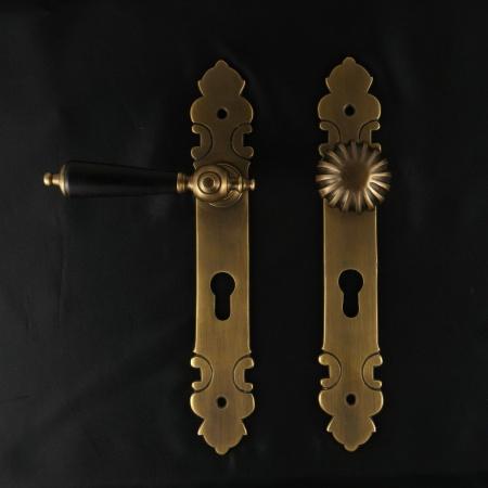JCB Haustürgarnitur, Holz - antike Türdrücker, Türklinken, Türbeschläge