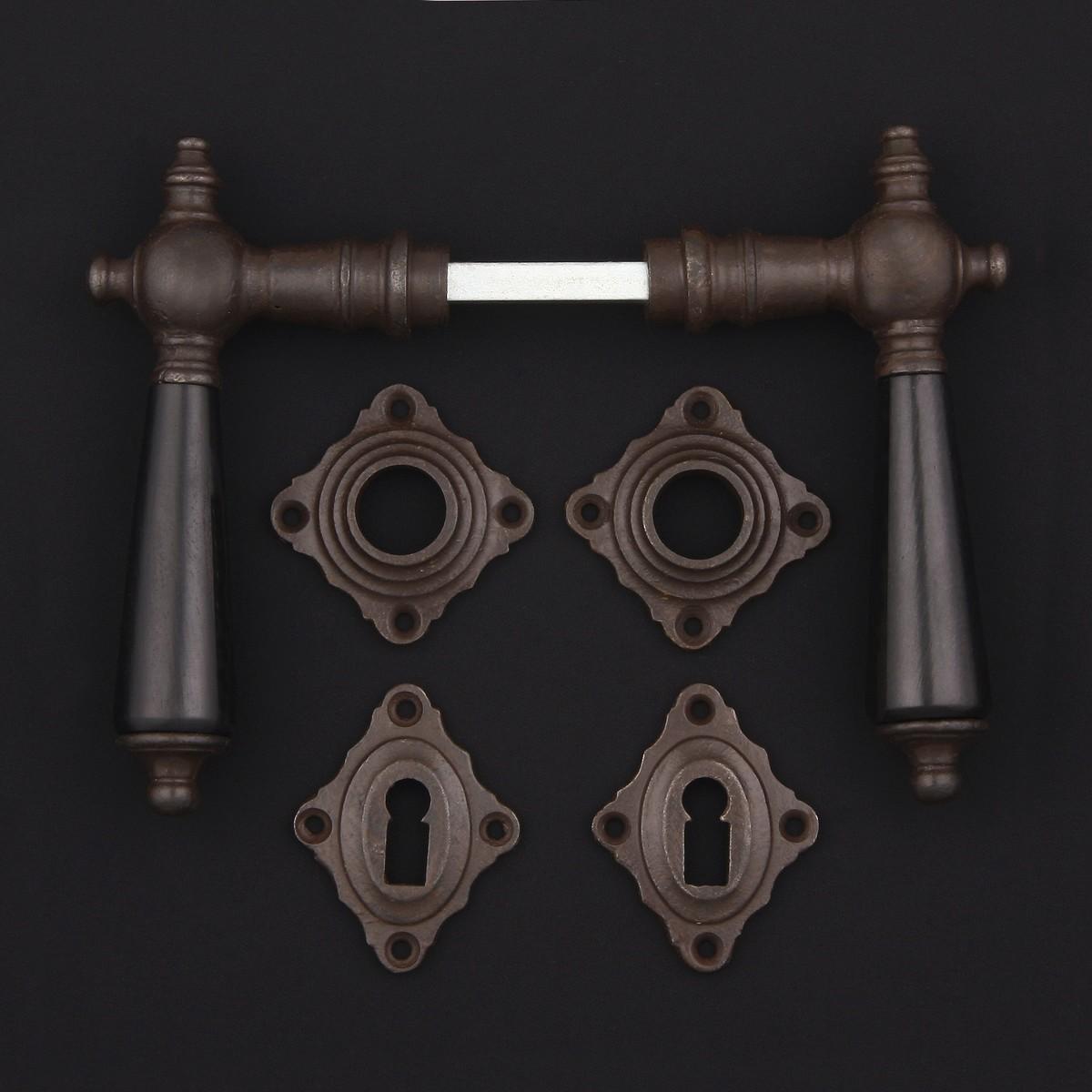 Zimmertür Rosettengarnitur, Holz - antike Türdrücker, Türklinken, Türbeschläge