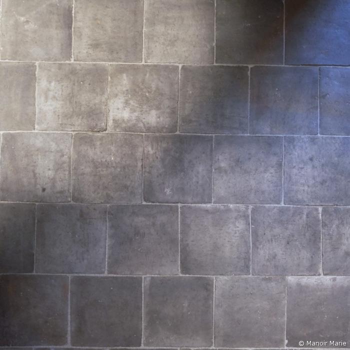 Terrakotta-Fliese braun-grau