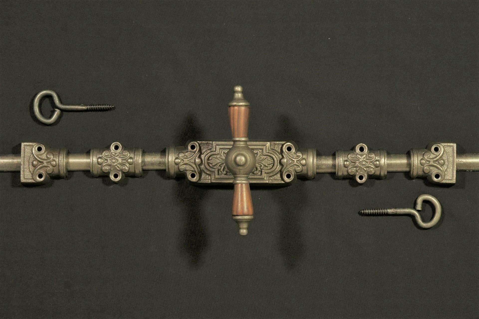 430.0001.80 Basquille Fenstergetriebe im Gründerzeit Stil
