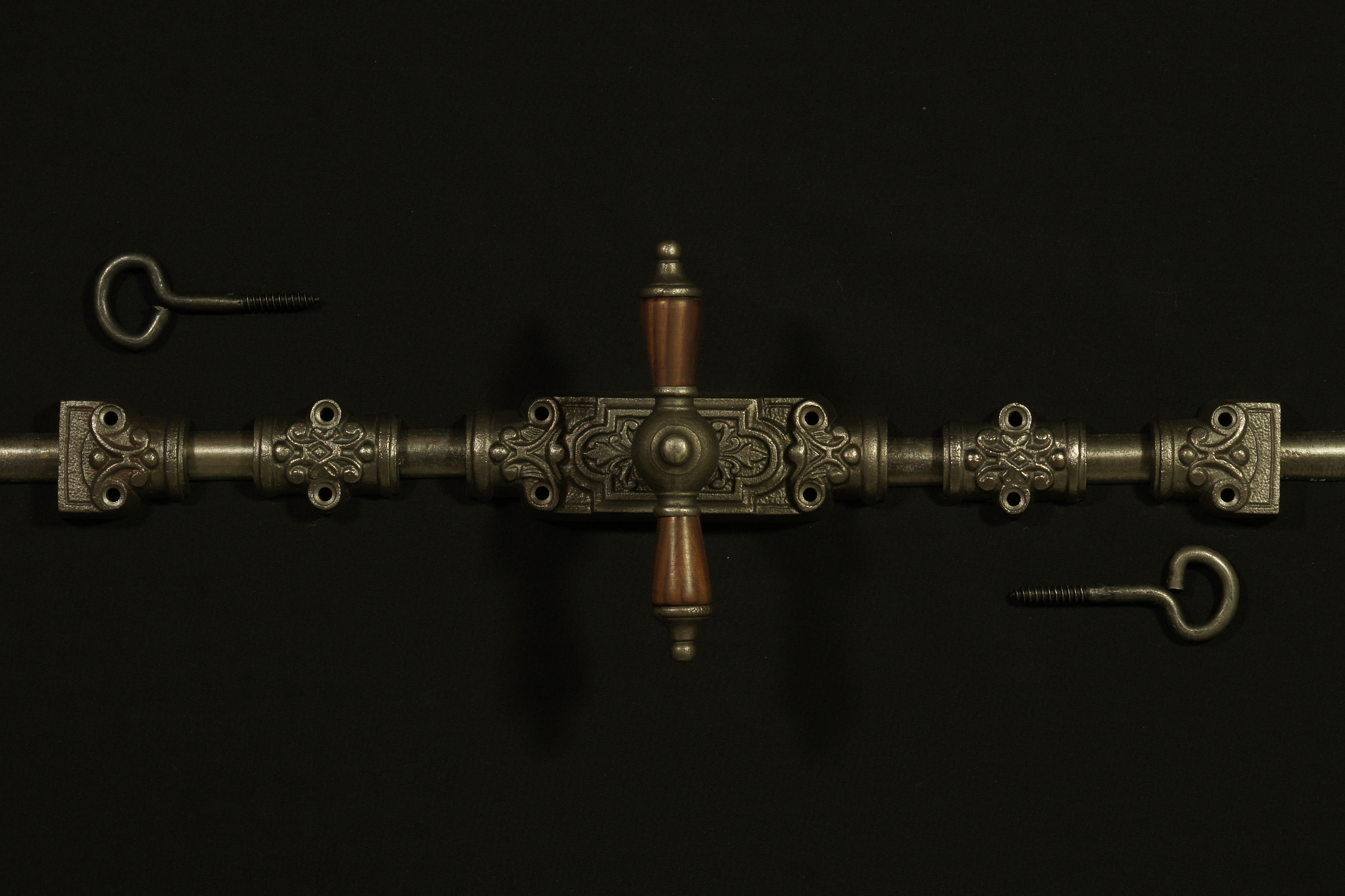 Basquille Fenstergetriebe im Gründerzeit Stil